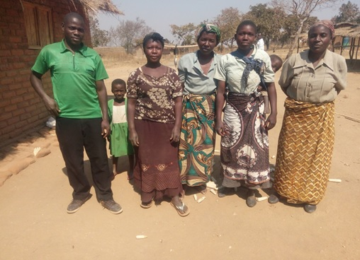 Some farmers from Mwamulo Famers Club, one of the many clubs that AICC has mobilized in Kanjiwa EPA, Ntchisi District